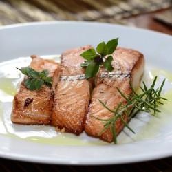 Pavé de saumon au pistou et...